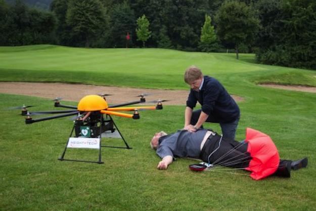 Defikopter - dron z defibrylatorem