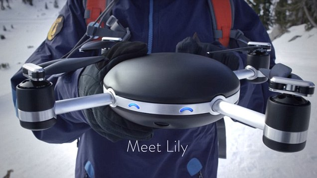 Lily - latająca kamera dron