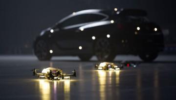 Holden Astra VS drony