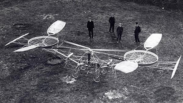 Dwuwirnikowiec z 1907 francuskiego konstruktora Paul'a Cornu