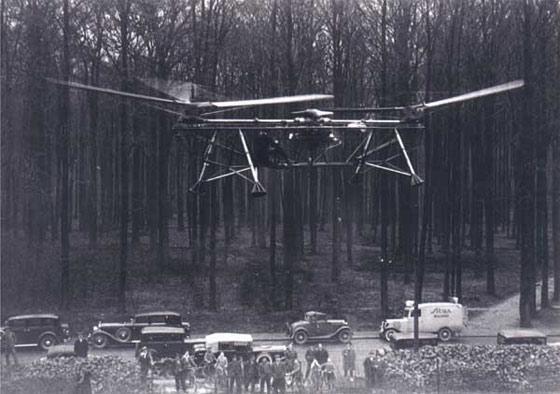 Nicolas Florine i jego helikopter dwuwirnikowy, ok. 1930r.