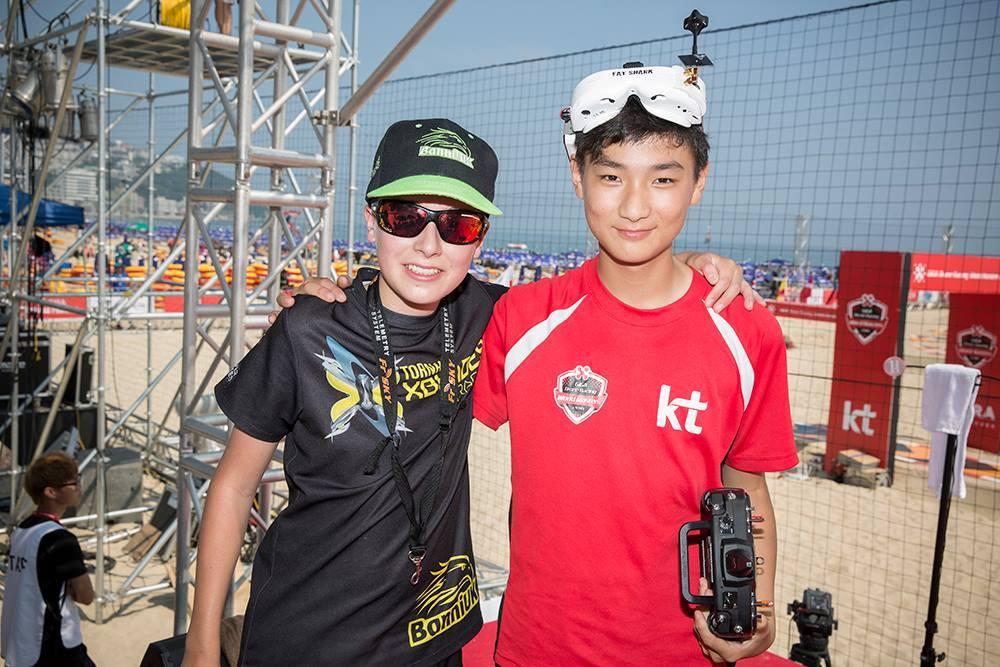 Luke Bannister i MinChan Kim na GIGA Drone Racing World Masters 2016