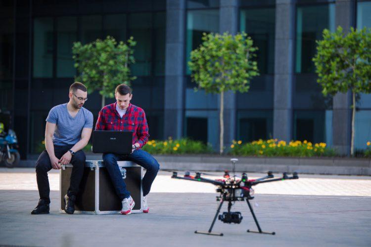 Studia podyplomowe z dronów - AGH