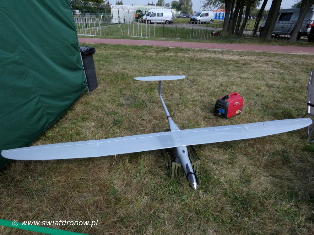 Dron FlyEye na Air Show Radom 2017