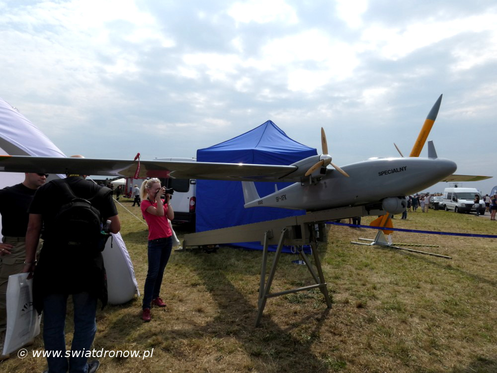 Dron Łoś od WB Group na Air Show Radom 2017