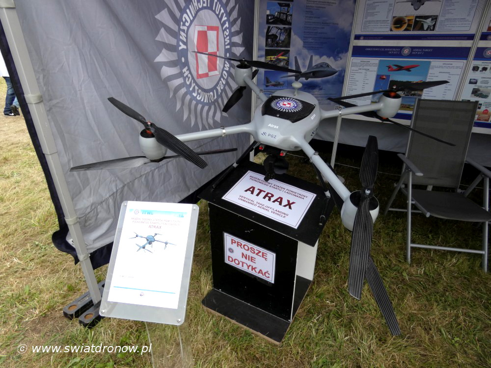 Dron ATRAX na Air Show Radom 2017 - ITWL