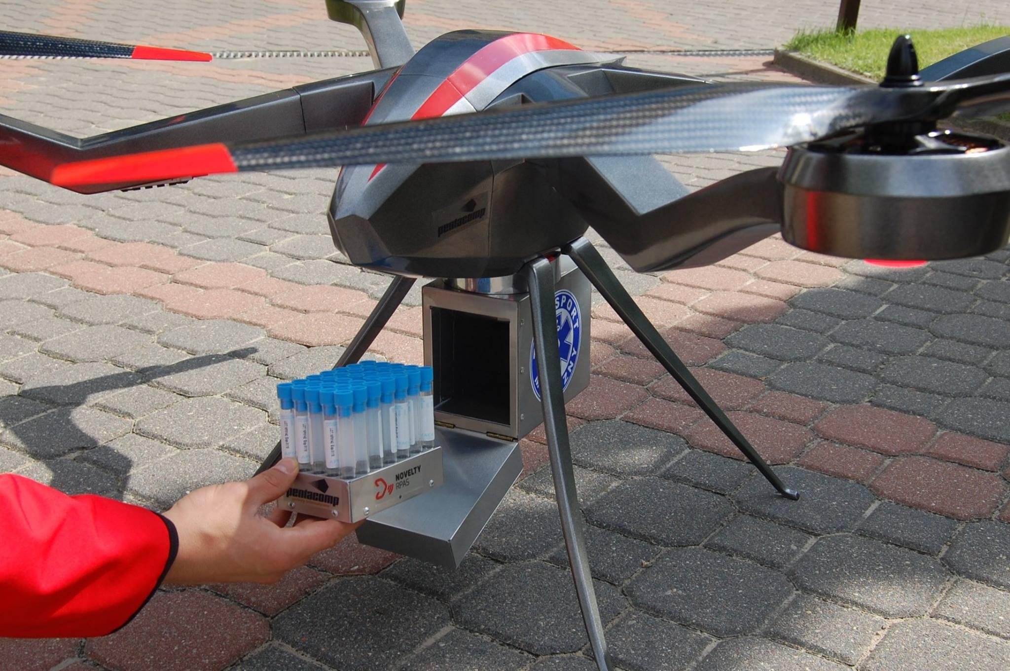 AirVein - dron do przenoszenia próbek krwi - Ogar produkcji Novelty RPAS