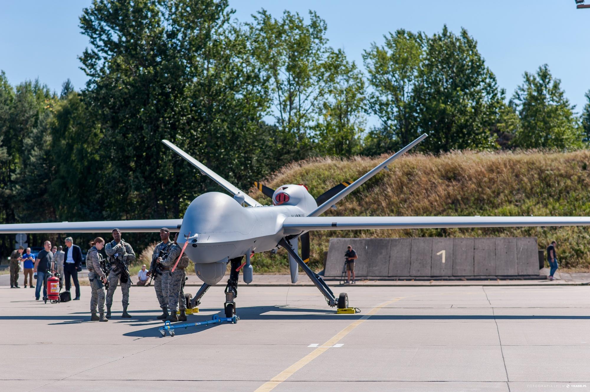 MQ-9 Reaper stacjonujący w 12. BBSP w Mirosławcu