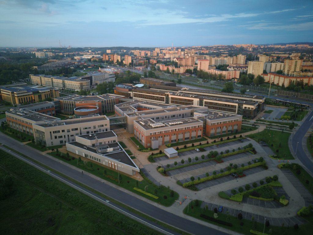 Zjęcie z Xiaomi FIMI X8 SE - swiatdronow.pl - recenzja/opinia