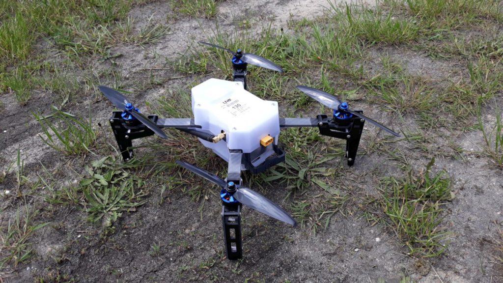 Pokaz roju dronów - Dron Show firmy DroneLand.pl - Droniada 2019