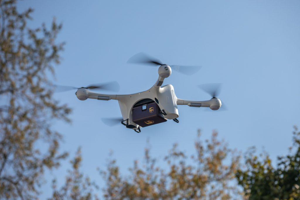 UPS i Matternet - przesyłki medyczne dronami